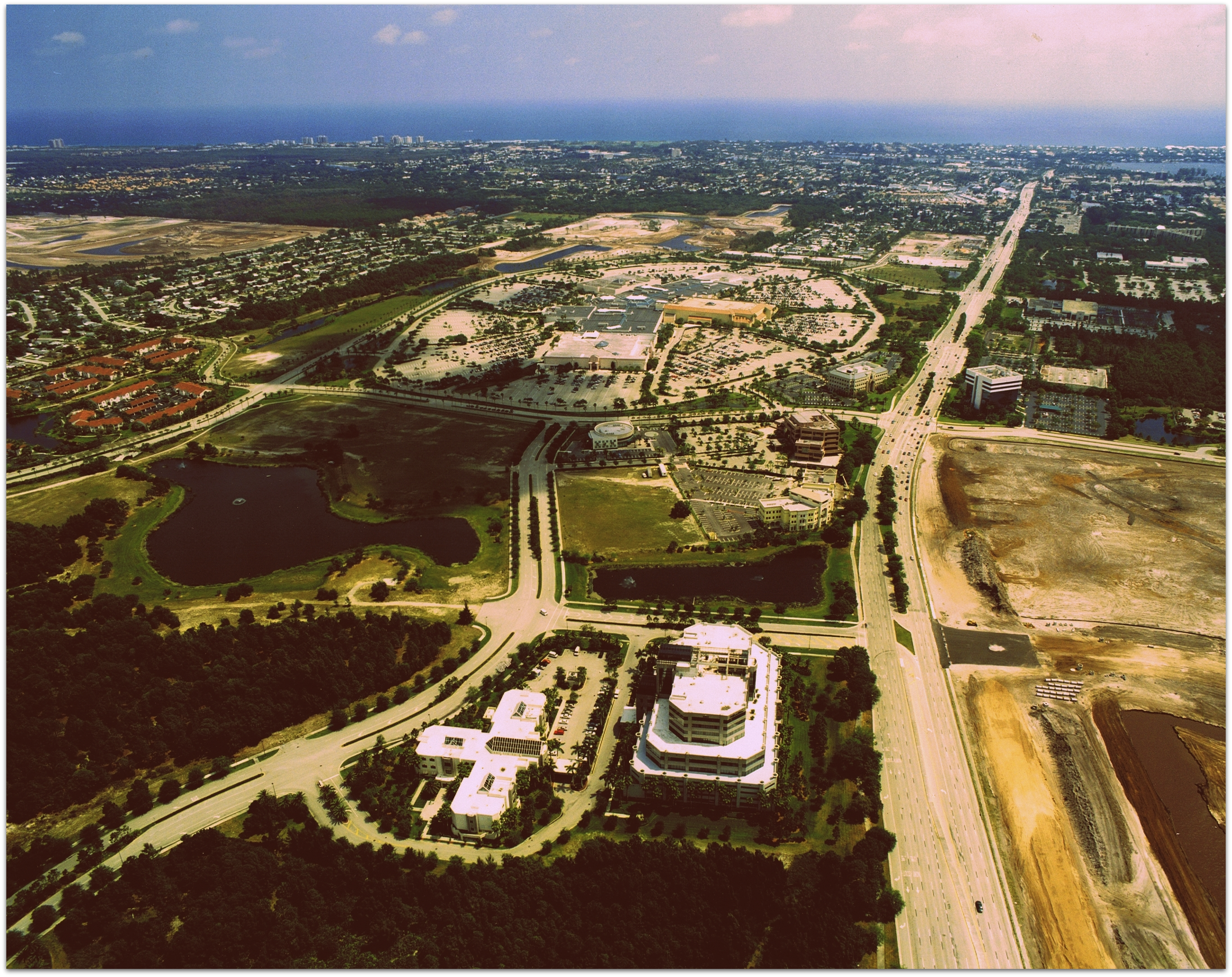 The Gardens Mall - Aerial View ·